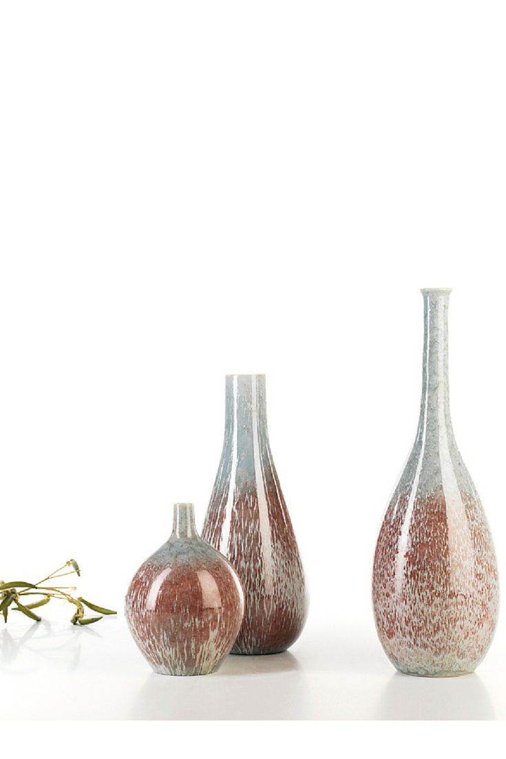 Reactive Marsala #ceramics #homelivingceramics #marsala #reactive #vase #homeaccessories #interiordesign | www.arfaigm.com