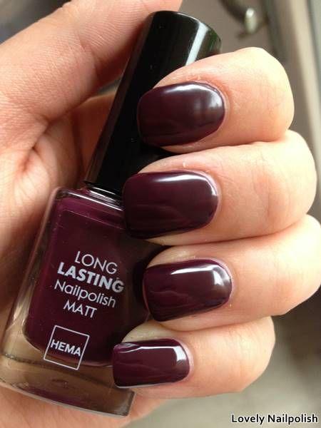 Hema 824 | Herfst swatches: donker paarse nagellak