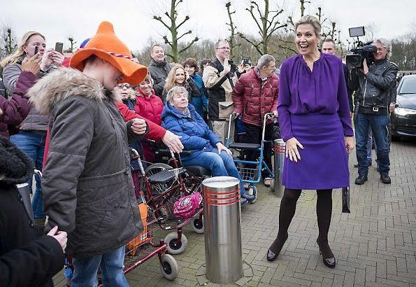 Les Cours Royale Neerlandais: La reine de la mode Risques