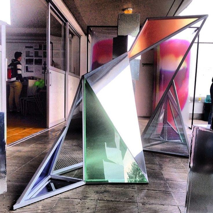 #installationart #artist #fragmentación #instalación #artística #design