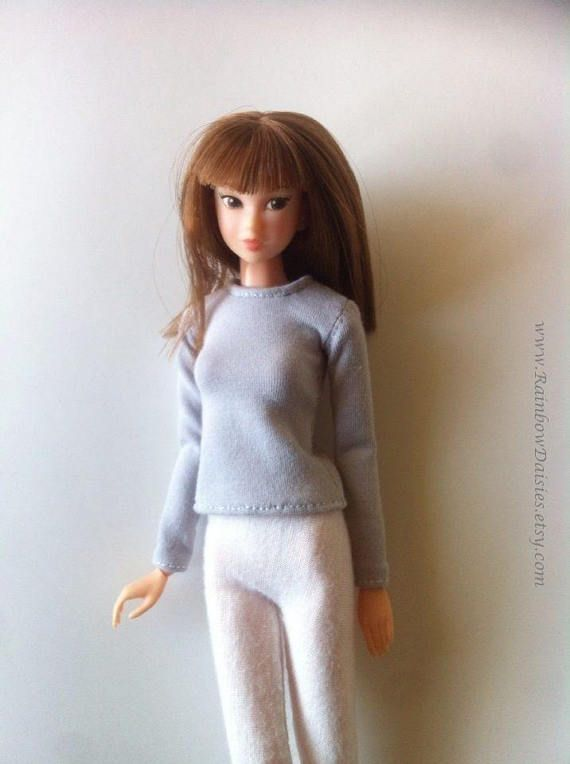 Basic grey long sleeved T-shirt for Blythe Momoko Azone Pure