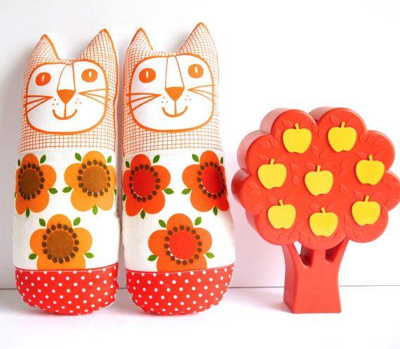 Original Scandinavian 70s fabric handmade cat toy plush softie by Jane Foster flower power