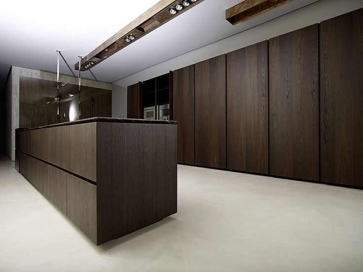 Kitchen: Captivating Modern Minotti Kitchen Design And Decoration Using  Sliding Mahogany Wood Kitchen Cabinet Including All White Kitchen Ceiling  Paint And ...