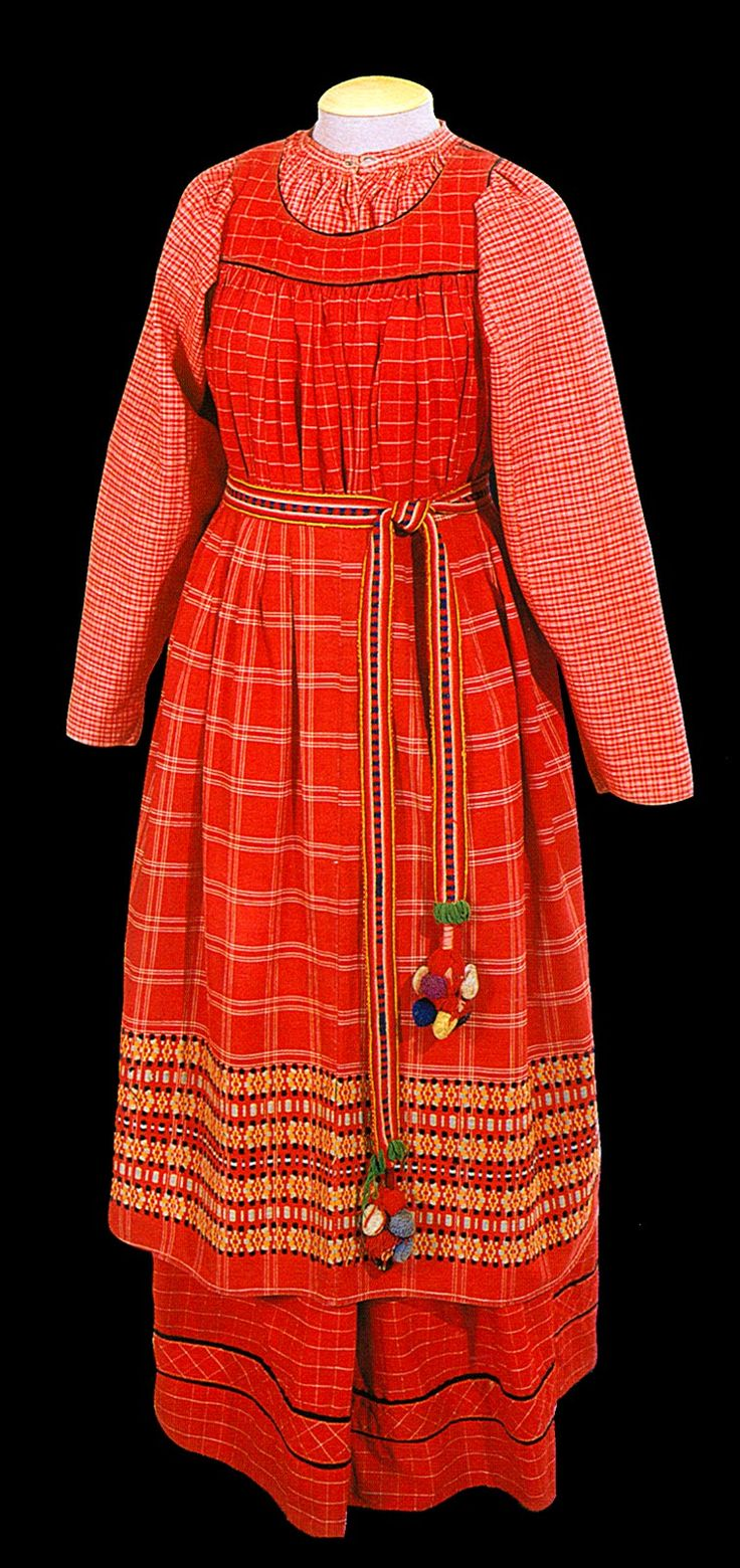 "Кислуха Л. Ф. Народный костюм Русского Севера-""The folk costume of the Russian North"" XIX - early XX century"
