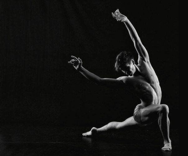 golaya-yoga-cherno-belie-foto