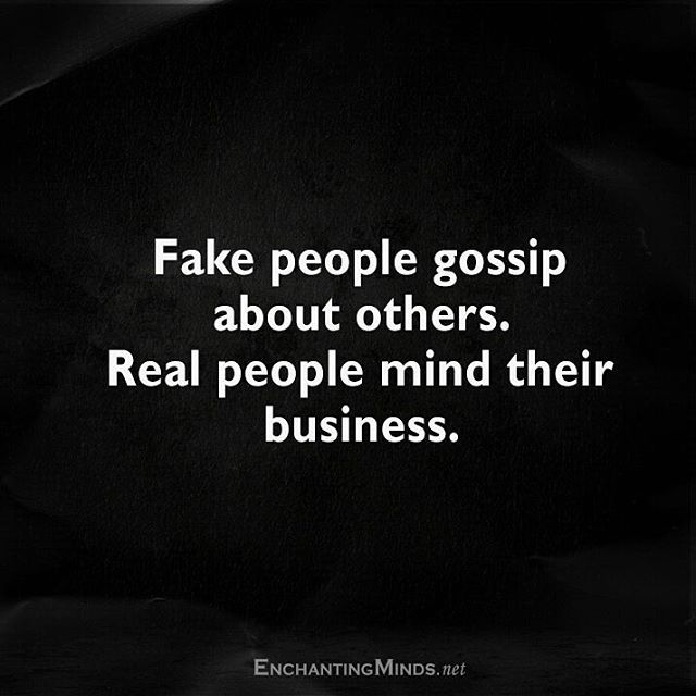 Fake, miserable, irrelevant nobody, narcissists that have nothing going for them in life sit around gossiping and spreading rumors 24/7. #getalife #losernarcissist