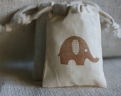 Favor bags: Muslin Gifts, Gift Bags, Gifts Bags, Baby Elephants, Amy Baby, Pam Shower, Baby Shower Gifts