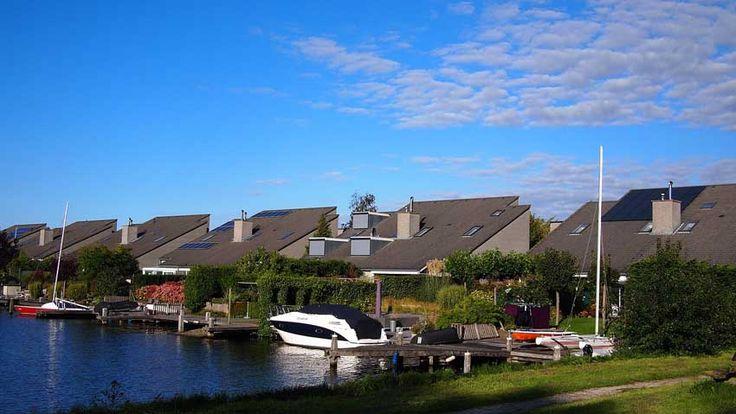 Dowiedz się więcej o energooszczędnych i pasywnych domach! http://eko-logis.com.pl/domy-pasywne-energooszczedne-musisz-o-nich-wiedziec/