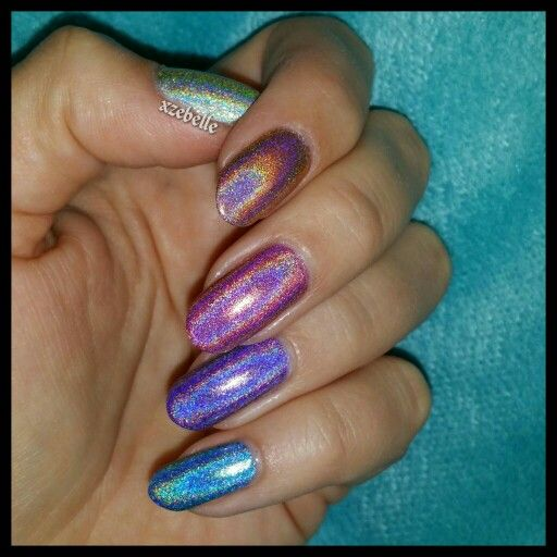 My holonails; Color Club Kismet, Cosmic Fate, Miss Bliss, Eternal Beauty and Over The Moon.