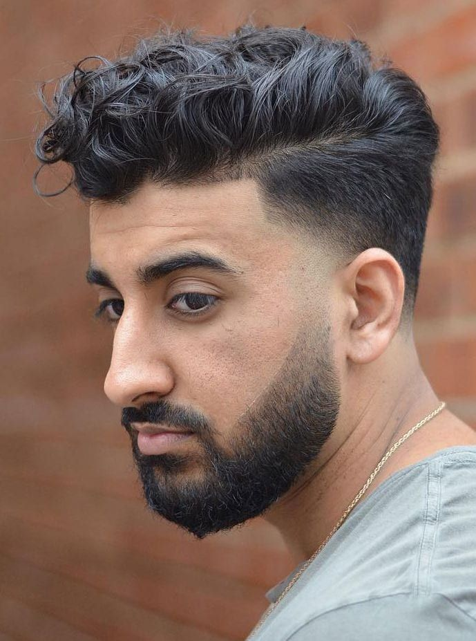 40 Modern Men S Hairstyles For Curly Hair That Will Change Your Look In 2020 Men S Curly Hairstyles Mens Hairstyles Curly Loose Curly Hair