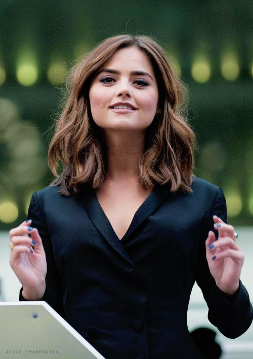 Square face angular features Jenna Louise Coleman Photos