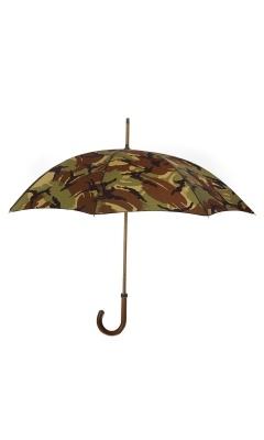 Camo umbrella!: Stylish Perfect, Camo Trends, Stylish Items, Umbrellas Rain, Camo Boys, Monaco Umbrellas, Camo Umbrellas, Fall Clubmonaco, London Undercov