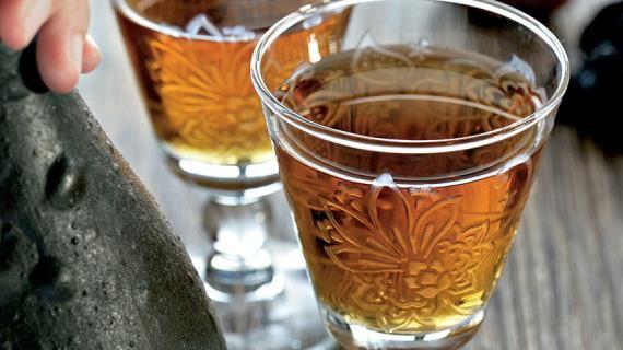 Яблочное вино с черносливом. Пошаговый рецепт с фото на Gastronom.ru