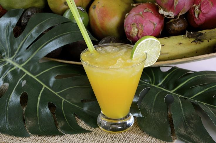 Caipiriña de frutas tropicales http://www.canalcocina.es/receta/caipirina-de-frutas-tropicales