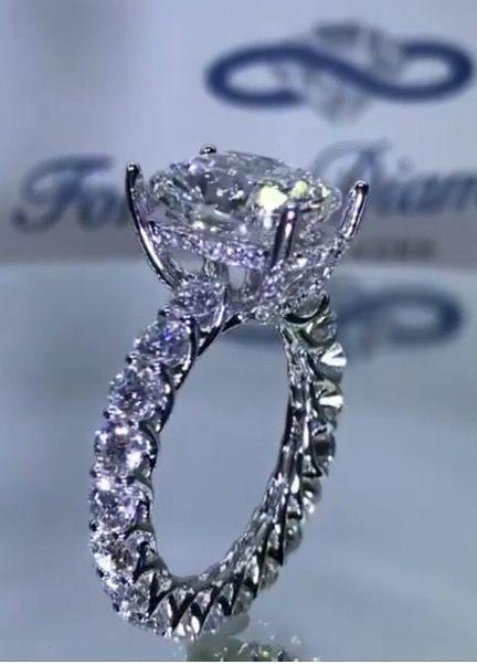 largest diamond ring - photo #29