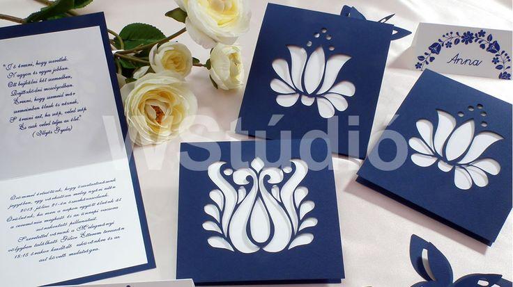 Korondi kék kivágott mintájú esküvői meghívó!
