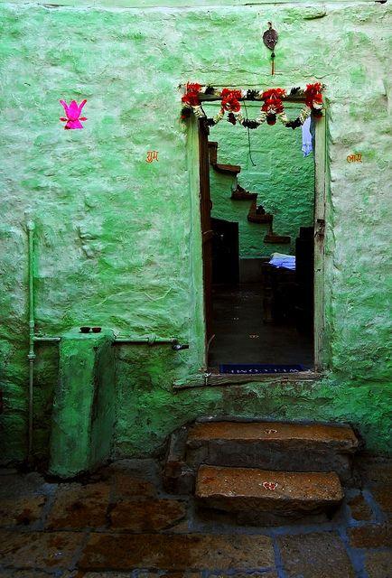 Green Doors, Doorway, Green Wall, Colors, Chalky Painting, Entryway, Deserts, Bohemian, Doors Way