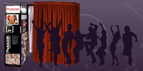 Photobooth México ®  Cabinas de fotos instantáneas. Photobooth México® nació con la idea de las antiguas cabinas de fotos instántaneas que se encontraban en los centros comerciales, estaciones de autobuses, supermercados y metros de Estados Unidos, México, Europa y Asia. http://www.nuestraboda.com/photobooth/