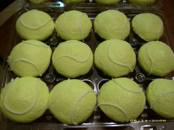 Tennis Cupcakes - Cupcakes requested for an end of season party.  Half white/half chocolate with buttercream tops.