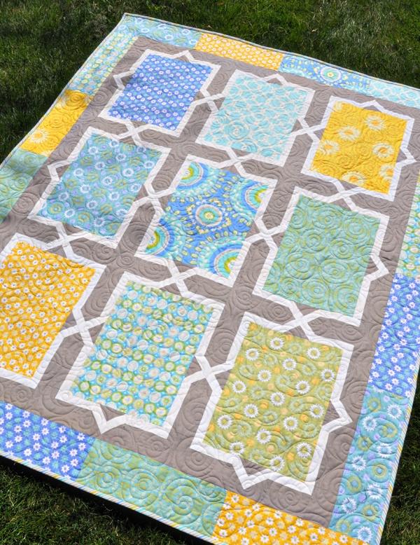 love the pattern, good way to show big print fabrics aka amy butler, etc.