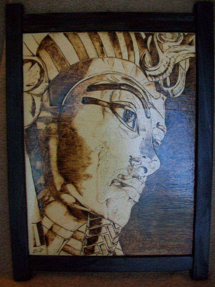 pirografia  di Tutankhamon 40x50 su pioppo