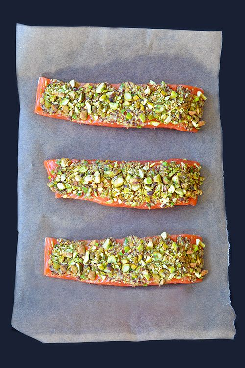 Slim Palates Pistachio-Crusted Salmon | Nom Nom Paleo