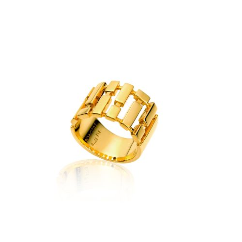 Cubic ring in 18KT yellow gold.