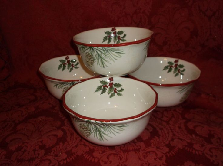4 Better Homes And Gardens Heritage Collection Winter Christmas Cereal  Bowlsu2026