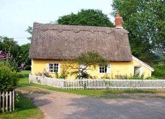 Cobbs Cottage in Suffolk, England