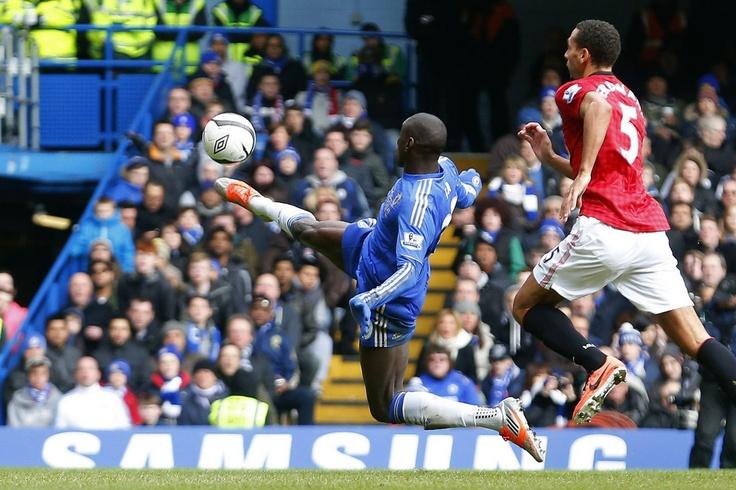 Demba Ba stretches to brilliant finish Juan Mata's pass