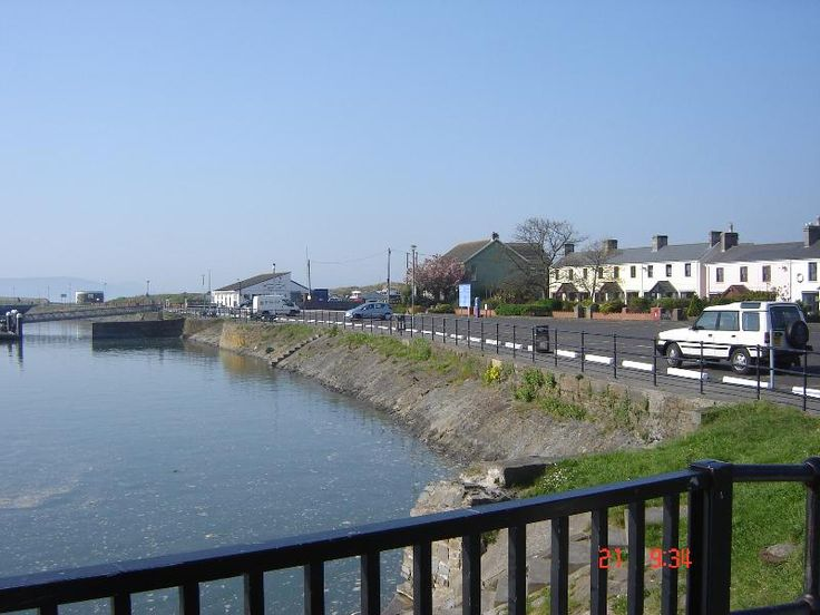 Holiday House with golf nearby in Burry Port - beach/lake nearby and golf