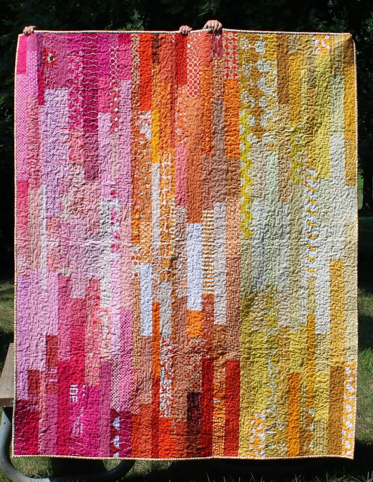 Teaginny Designs: Scrappy Improv Strip Quilt