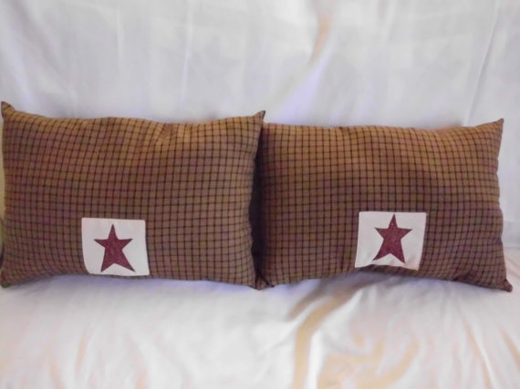 Primitive Throw Pillows For Couch : 154 best images about Love Primitive Pillows on Pinterest Primitive stitchery, Flags and ...