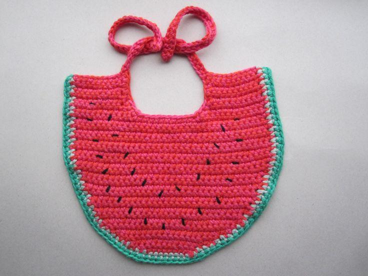 Crochet a watermelon bib for baby. Vandmelon til baby.