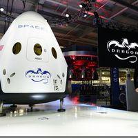 SpaceX dévoile Dragon V2, sa nouvelle fusée spatiale