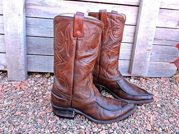 d13e936e550 Vintage 60s Cowboy boots / Mens 9 EE / Texas Imperial Boots USA made ...