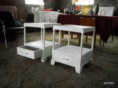mesas de apoio/centro/cabeceira: 2 em armazém (trabalho não concluído)