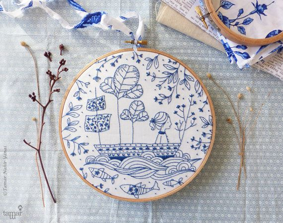 DIY kit Blue wall art Sea blue Hand embroidery  por TamarNahirYanai