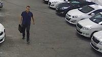 BEZ KOMENTÁŘE: Lupiče auta zachytily bezpečnostní kamery
