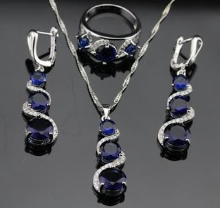 Products that inspire: Blue Tanzanite Sapphire Jewelry Set