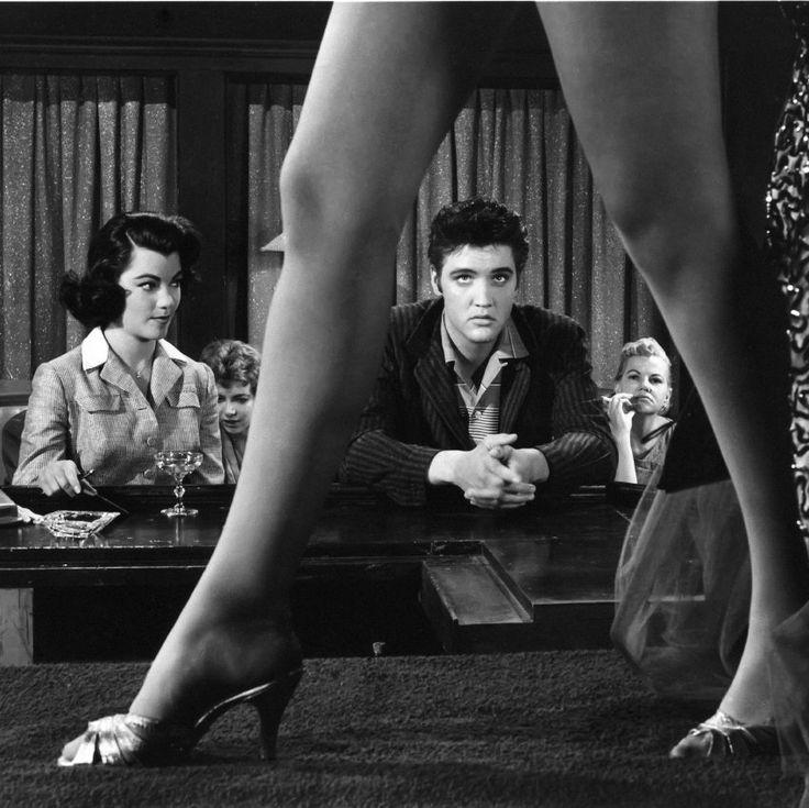 Im Striptease-Schuppen Moulin Rouge in München  kam Elvis - hier eine Szene...