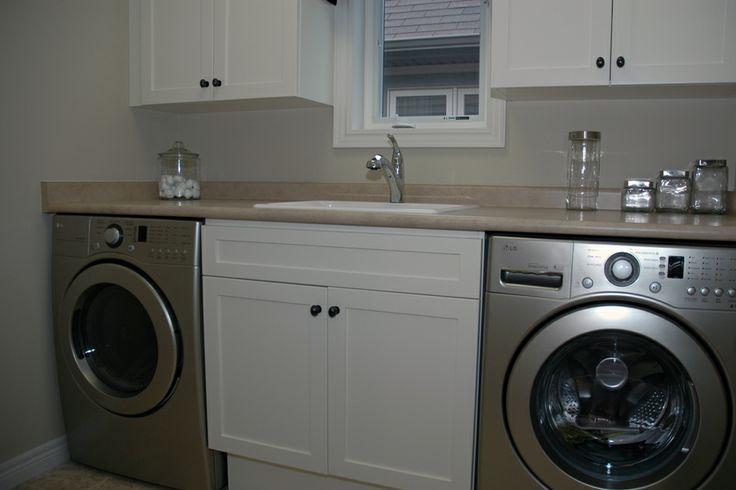 Counter Height Washing Machine : sink at same height as machines? Mud / Laundry room Pinterest ...