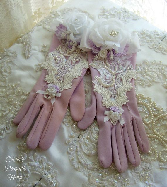 Vintage Victorian Gloves Costume Antique by Oliviasromantichome, $46.00