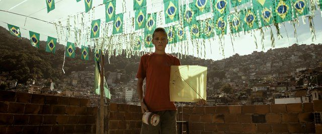 After futebol, 'soltar pipas' is Brasil's most popular sport. In the favelas of Rio de Janeiro, flying the pipa is more than a leisurely escape from on-the-ground realities, it's a venue for battle, with the entire sky as the arena.