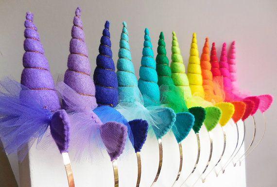 Cuernos de unicornio arco iris paquete para fiestas por Graciosa