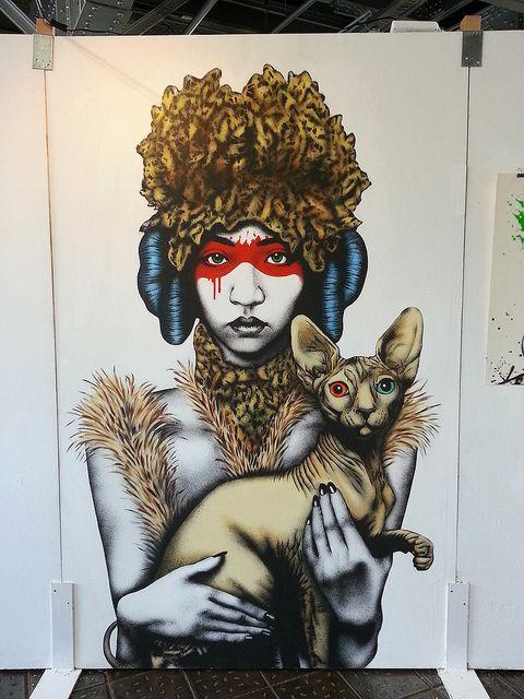 Fin DAC es un artista urbano con un atípico estilo de pintura stencil que ignora el idioma visual aceptado del street art casi en su totalidad.
