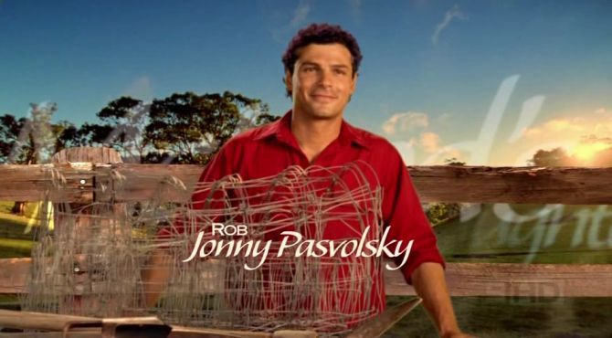 Jonny Pasvolsky as Ron Shelton/Matt Bosnich