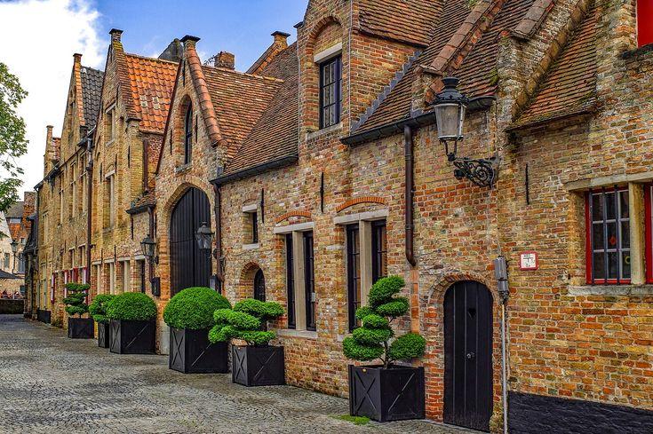 Click to see Bruges in 4K Bruges - Belgium in 2018 Pinterest - Brique De Verre Exterieur Isolation