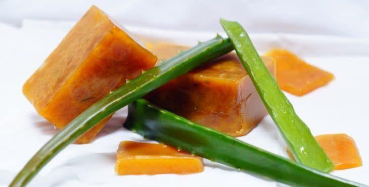 Cómo Hacer Crema De Aloe Vera Para Humectar Tu Piel En 2020 Con Imágenes Crema De Aloe Vera Como Cocinar Recetas De Comida