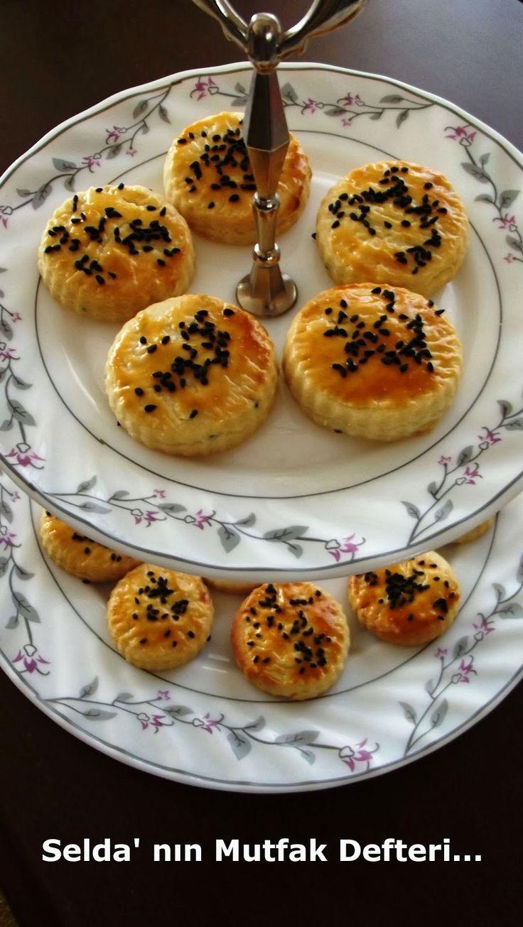 çörek otlu bisküvi, bisküvi tarifi, tuzlu bisküvi, çörek otlu kurabiye, çörek otlu tarifler, pastane tuzlusu